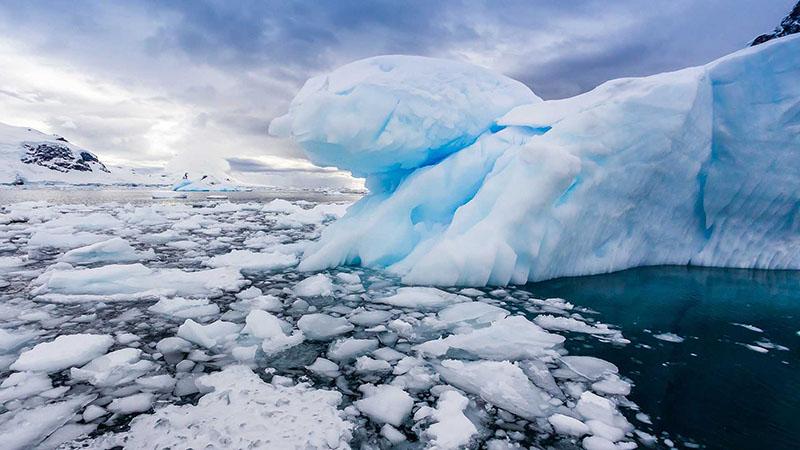 nws-st-antarctica-icebergs-3