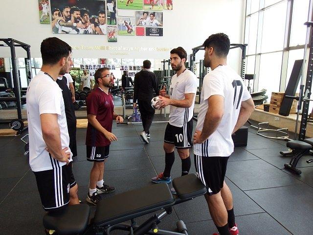 برگزاری تمرین تیم ملی فوتبال در مرکز پک