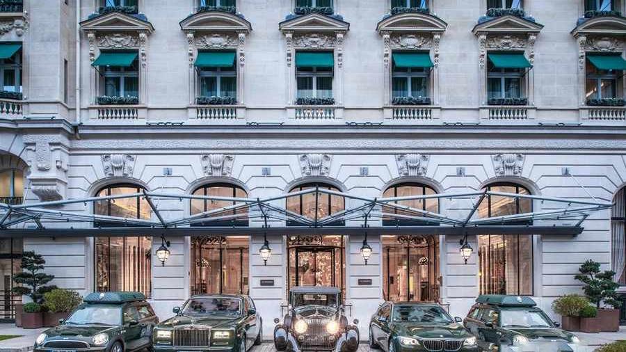 هتلی در پاریس
