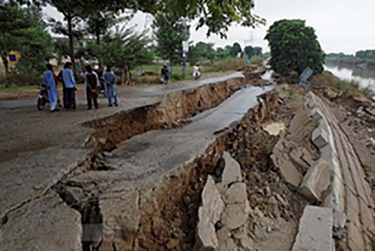 زلزله 2