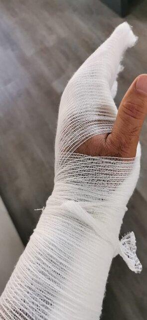 کتک زدن چشم پزشک در دنا