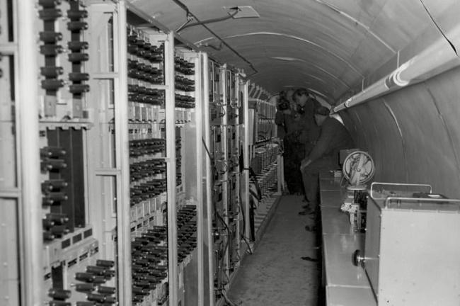 8_cold-war-berlin-germany-24-apr-1956-760x506