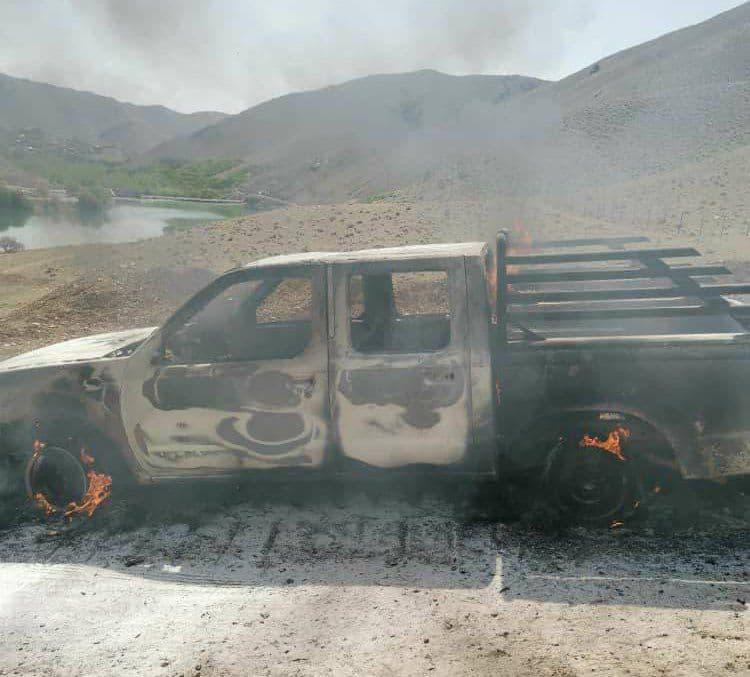 آتش زدن ماشین پیمانکار پروژه انتقال آب بروجن + عکس