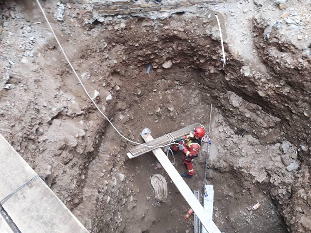 ریزش چاه تهران