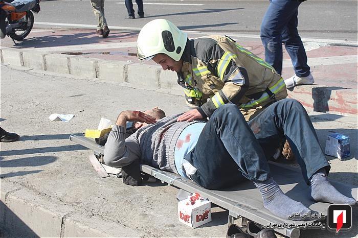 تصادف در بزرگراه آزادگان دو مجروح برجای گذاشت
