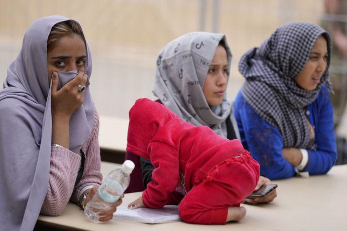 عکس زنان افغانستانی بعد و قبل از طالبان