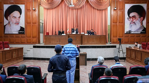 قضات دادگاه دو همدست وی را نیز به زندان محکوم کردند