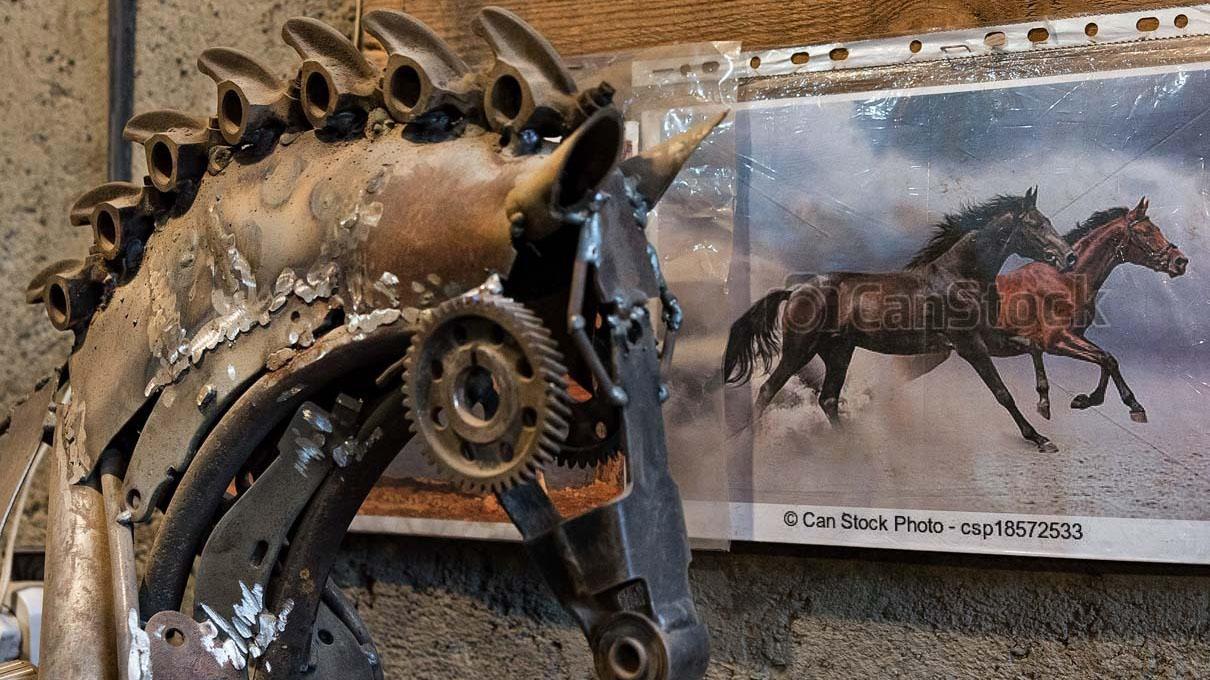 اسب فلزی