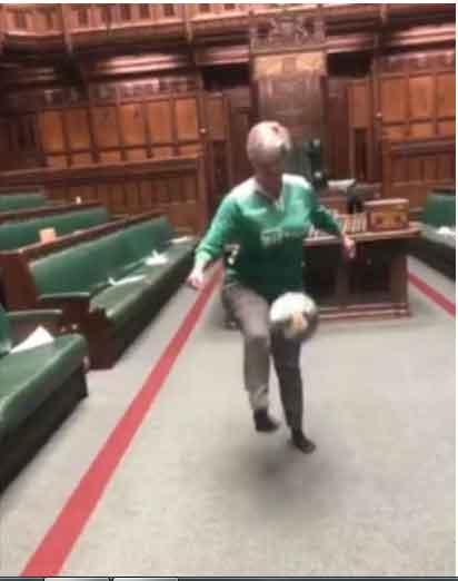 جنجالی شدن بازی فوتبال زنان نماینده در مجلس
