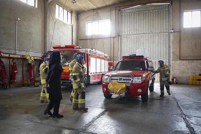 فعالیت زنان آتشنشان