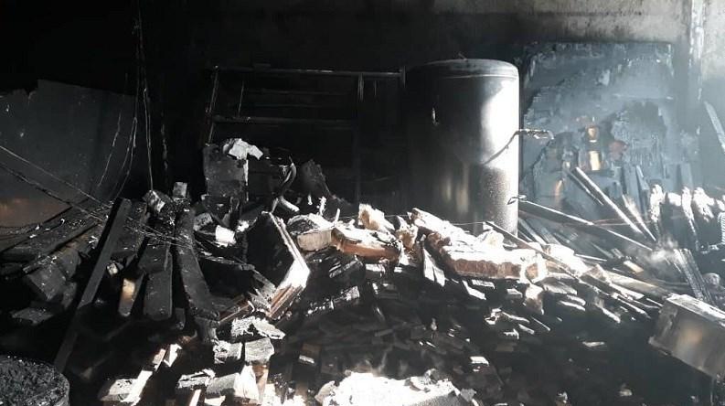 آتش سوزی مبل تهران