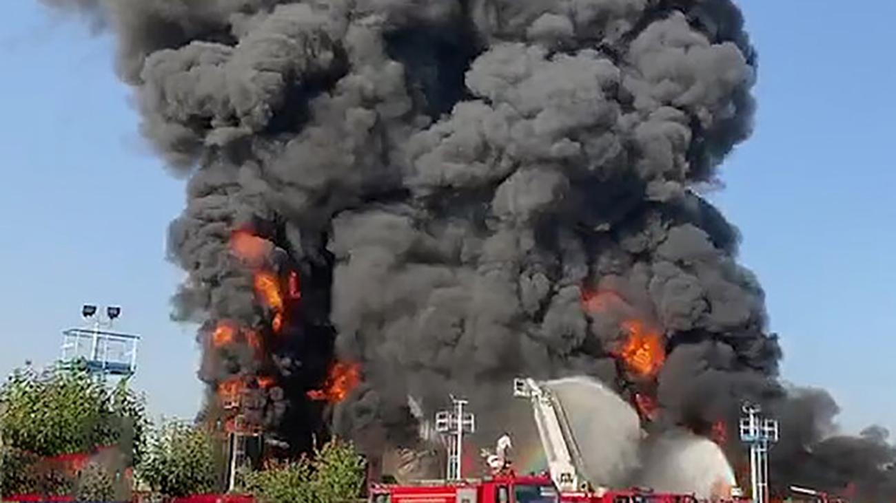 تداوم آتش در پالایشگاه تهران؛ یک مخزن منفجر شد
