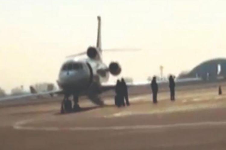 تصاویری انتشار نیافته از مبادله جیسون رضاییان در فرودگاه