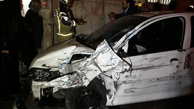 انحراف خودرو سواری در بزرگراه رسالت حادثه آفرید