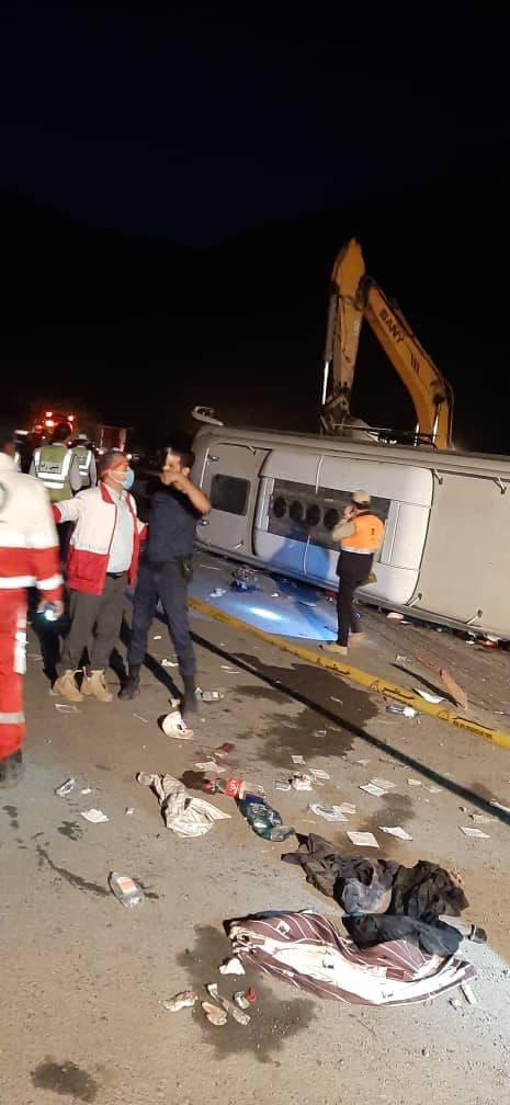 واژگونی مرگبار اتوبوس در جاده هراز