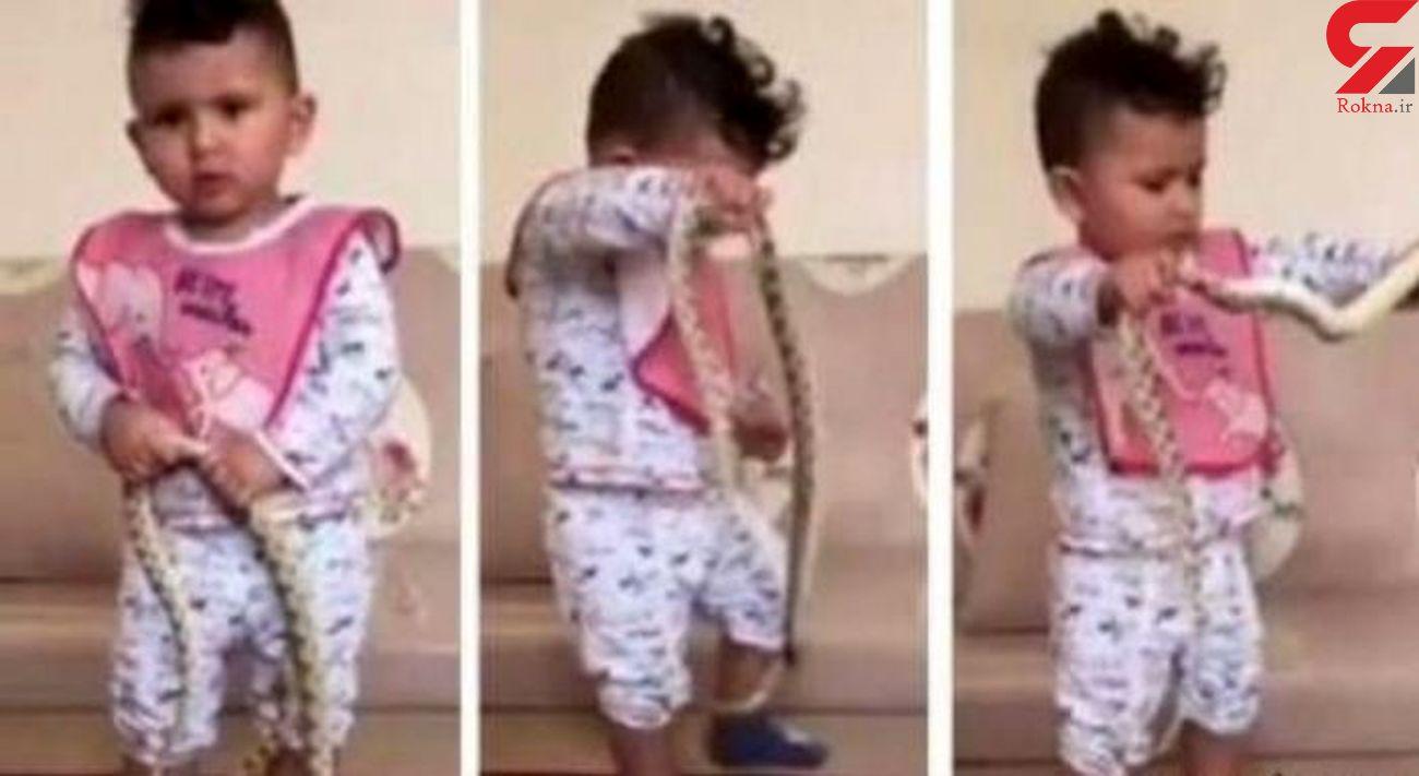 کار زشت یک پدر با فرزندش در فضای مجازی / جنجال در عربستان + عکس