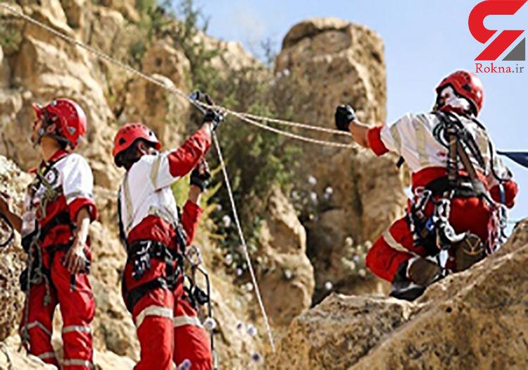 نجات کوهنورد گرفتار در تایباد / مصدوم دچار ارتفاع زدگی شد
