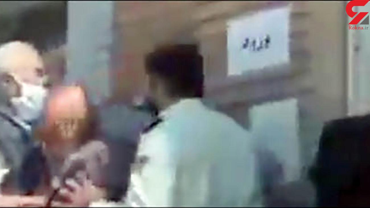 آقای مامور هل نده! + فیلم تکاندهنده از اقدام یک مامور نیروی انتظامی