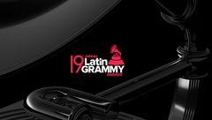 جوایز گرمی موسیقی لاتین اهدا شد / موفقیت یک پزشک موزیسین