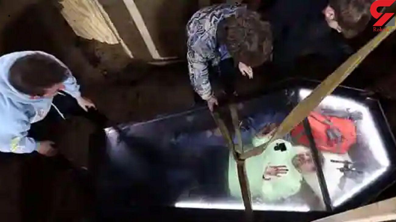50 ساعت حبس در زیر خاک / این مرد خودش را زنده به گور کرد + فیلم