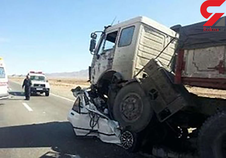 یک کشته و 7 مصدوم در اثر تصادف تیبا با تریلی