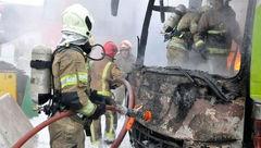 آتش سوزی فاجعه بار اتوبوس در آزادراه تهران - کرج+ عکس