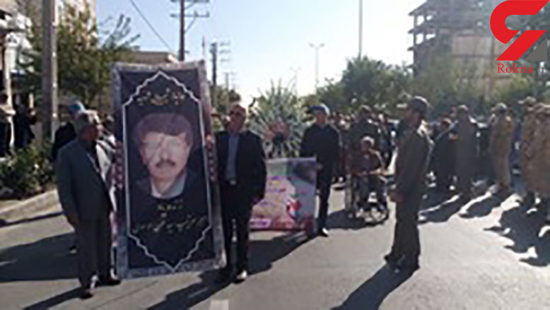پیکر شهید سید حسن موسوی امروز در کرج تشییع شد