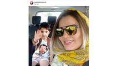 کافه گردی خانم بازیگر با پسرش