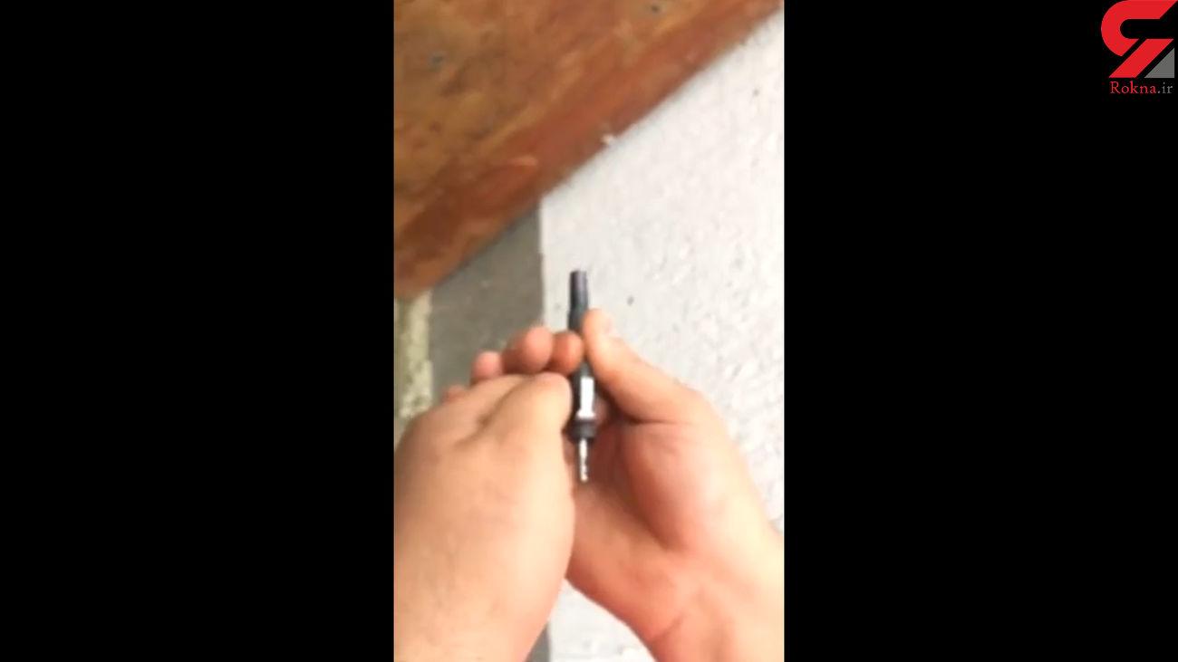 این خودکار یک تفنگ آدمکشی است !+ فیلم عجیب
