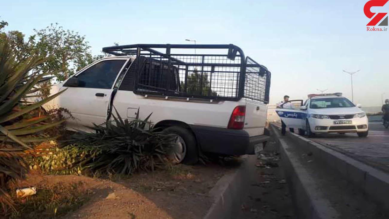 خواب آلودگی راننده وانت پراید حادثه آفرید /در آزادگان رخ داد + عکس ها
