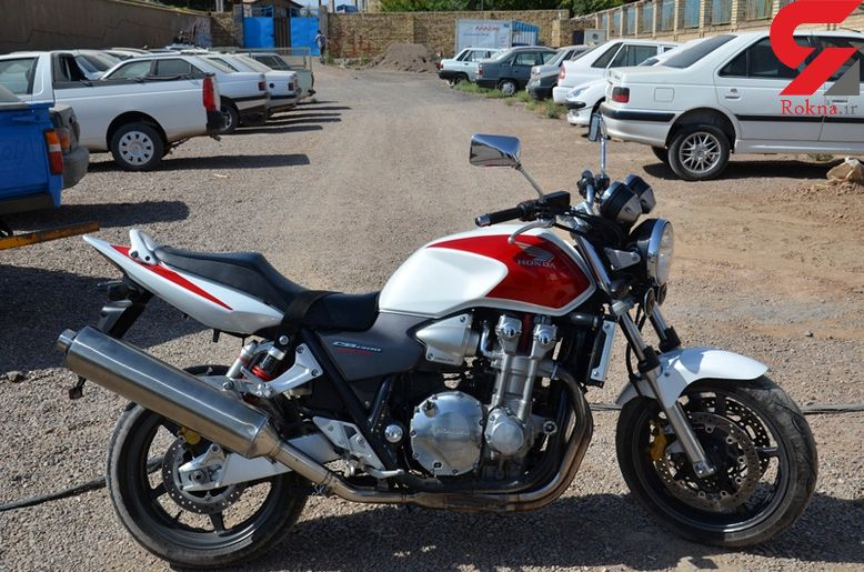 کشف موتورسیکلت میلیاردی قاچاق در تاکستان