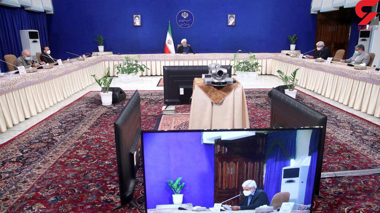 روحانی: با مقاومت و ایستادگی ملت امروز از پیک مشکلات عبور کرده ایم