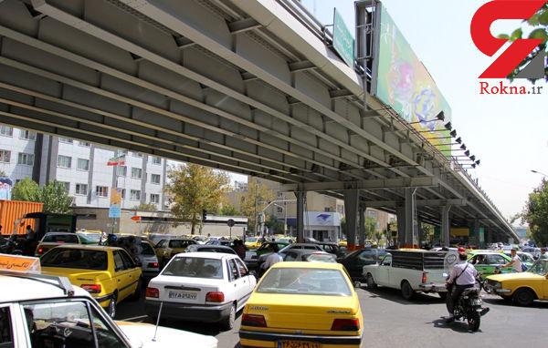 مسیر غرب به شرق پل کریمخان مسدود است
