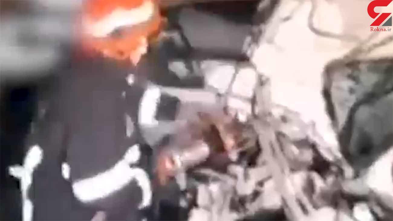 فیلم تصادف پژو با تیر برق در ساوه / پژو پارس پوکید