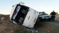 واژگونی مرگبار اتوبوس در انار +عکس