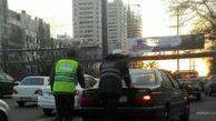 حرکت انسانی ماموران پلیس در بزرگراه همت + عکس