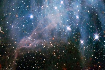 اجتماع ستارگان در فضا + عکس