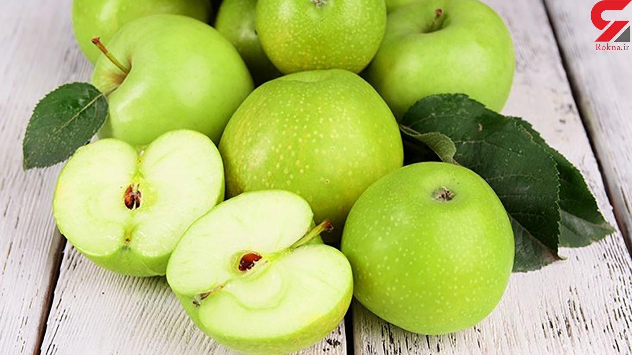 دانه های سیب را بخورید