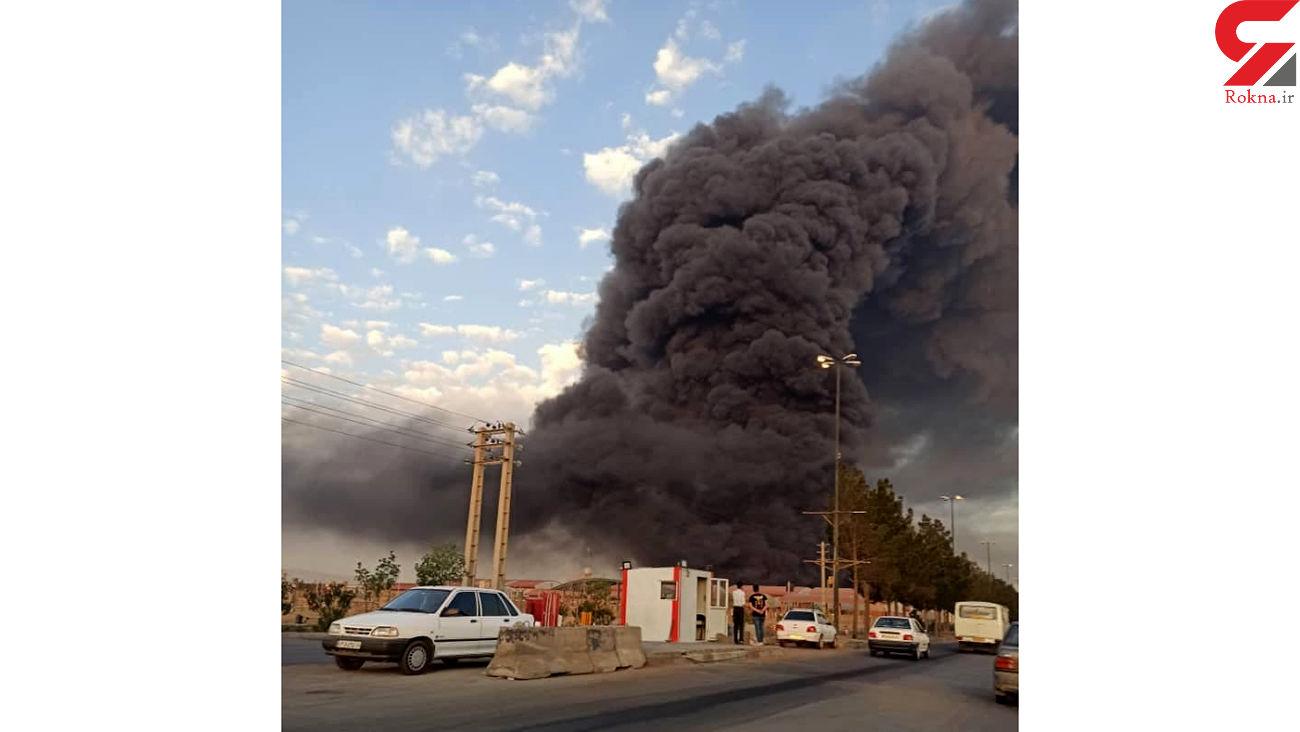 فیلم لحظه آتشسوزی مهیب در کارخانه الکل قم / صبح امروز رخ داد