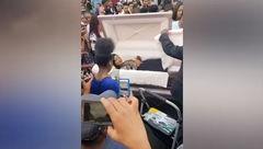 زنده شدن دختر جوان که داخل تابوت به جشن پایان تحصیل رفته بود! + فیلم و عکس