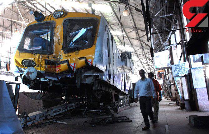 60 کشته در حادثه خروج قطار از ریل در هند + فیلم و عکس