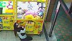 شگرد خاص زن جوان برای دزدیدن اسباب بازی+ فیلم و عکس
