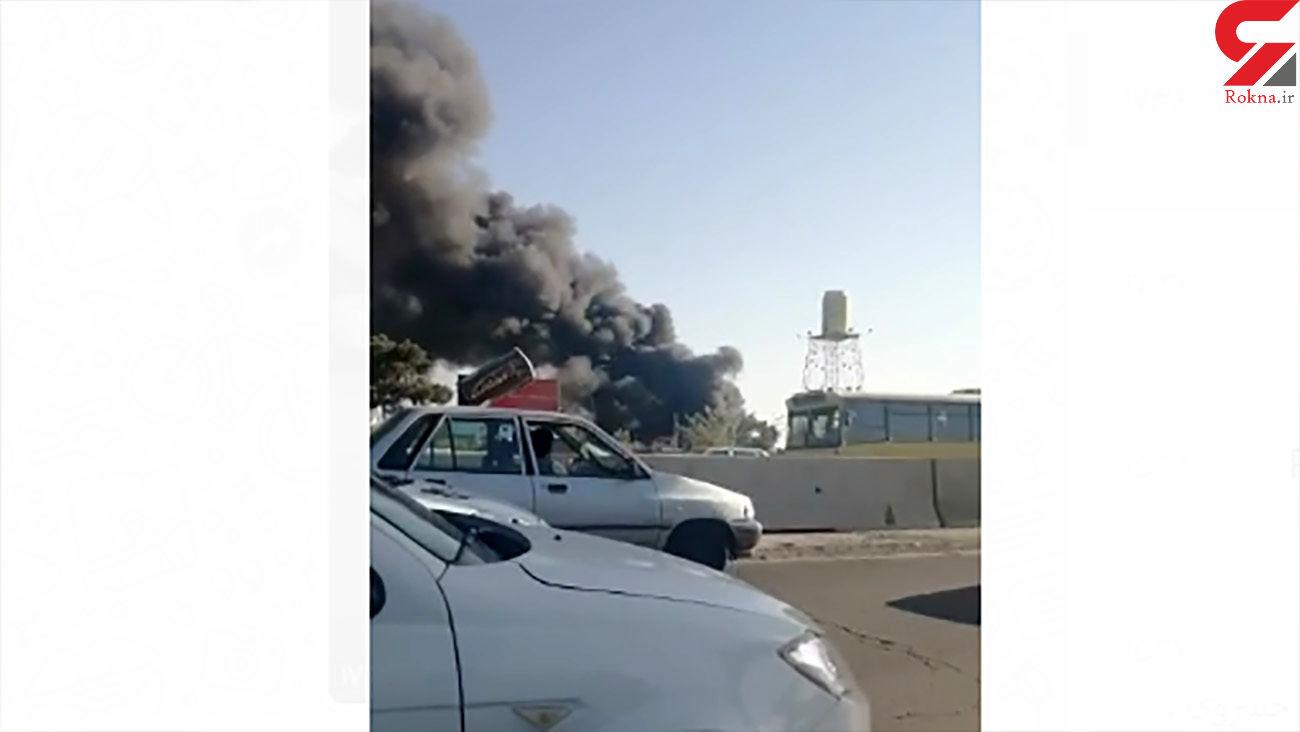 آتش سوزی در کارخانه بهنوش + فیلم