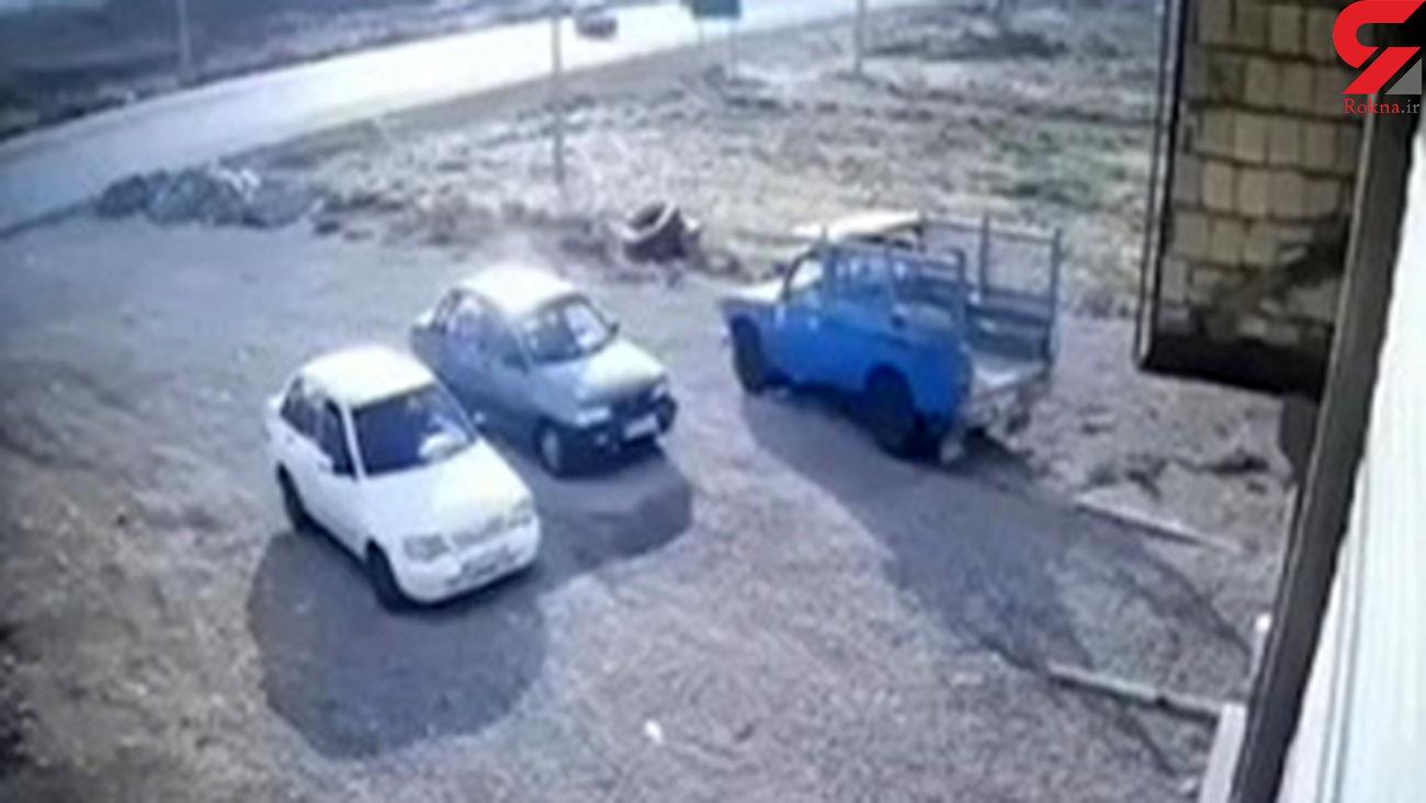 لحظه تصادف وحشتناک و پرت شدن سرنشینان به خیابان در لرستان+ فیلم