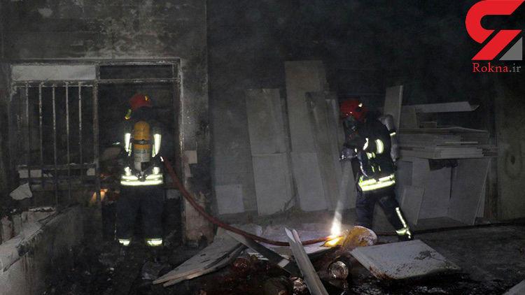 کارگاه تولیدی مبل در مشهد آتش گرفت