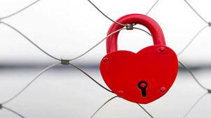 توصیه دکتر مینو محرز به نوجوانانی که ارتباط غیر متعارف جنسی دارند