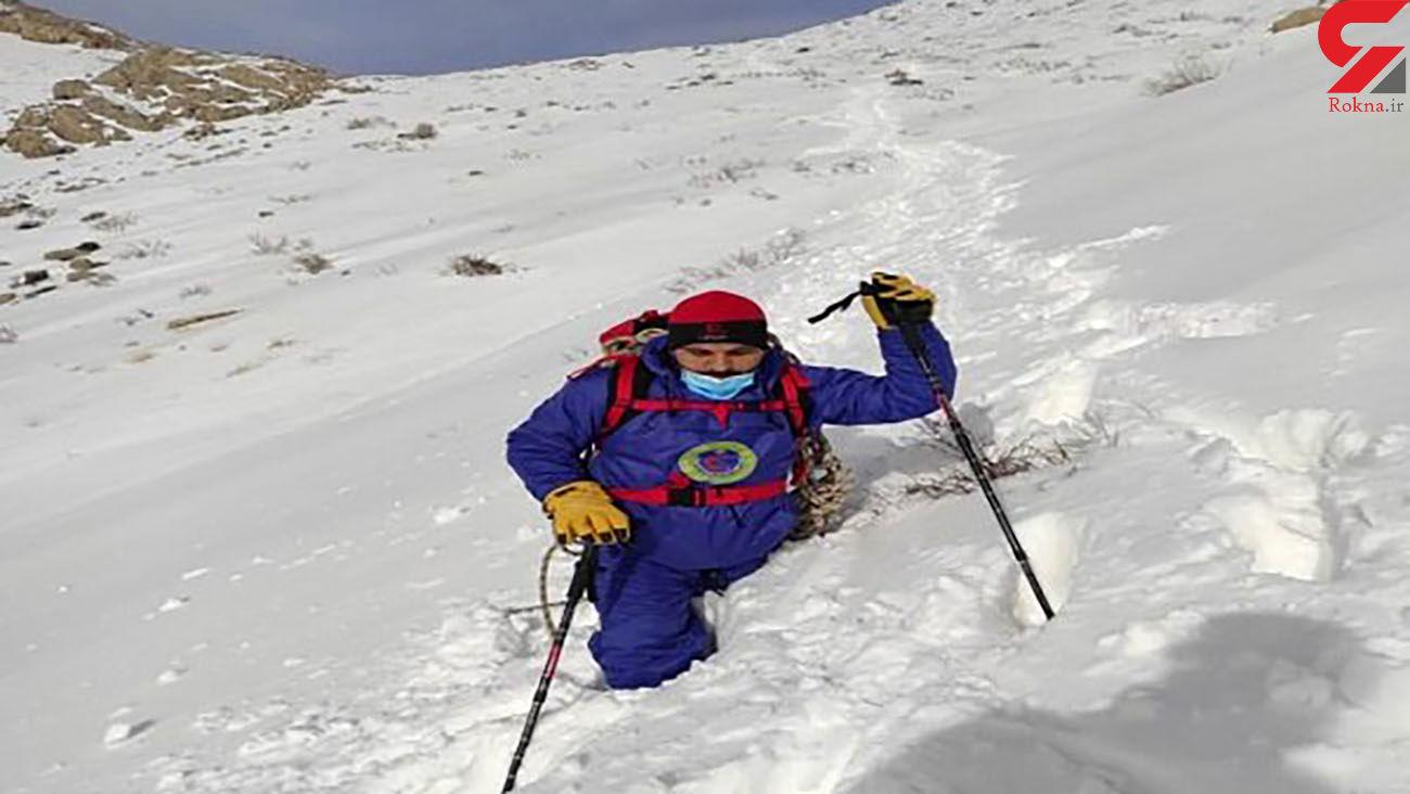 4 کوهنورد در ارتفاعات برفی پراو کرمانشاه در یک قدمی مرگ بودند