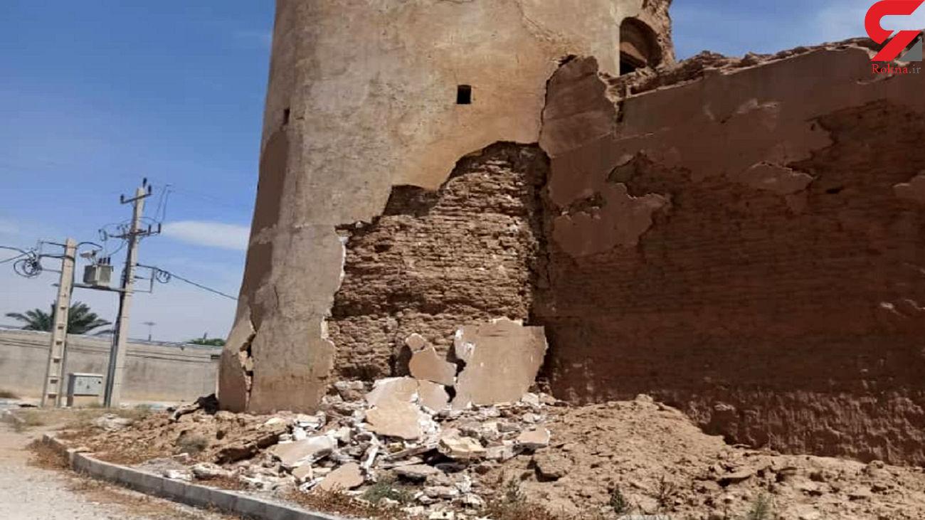 زلزله  دو اثر تاریخی مهم گناوه و دیلم را تخریب کرد!