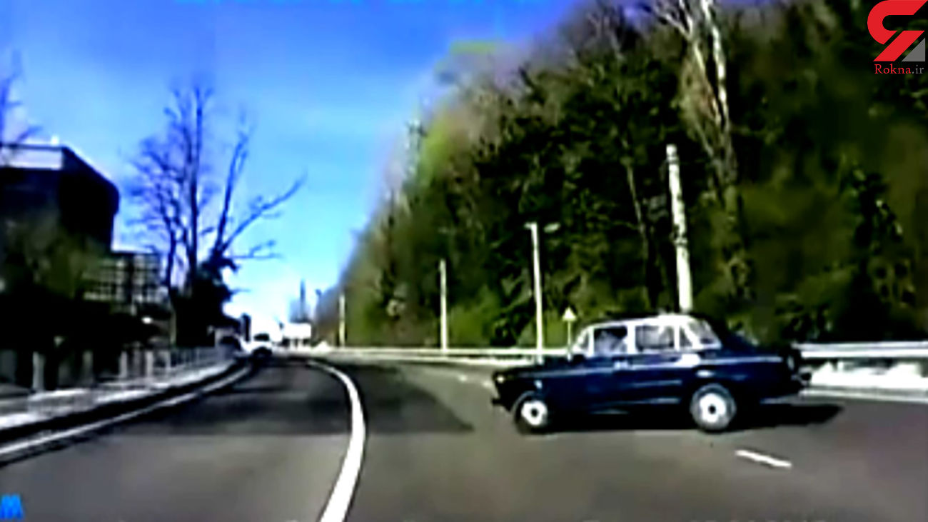 تصادف وحشتناک ۳ خودرو در یک خیابان + فیلم