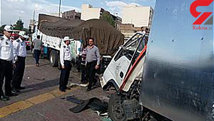 برخورد مرگبار دو کامیون در بزرگراه آزادگان با یکدیگر + عکس